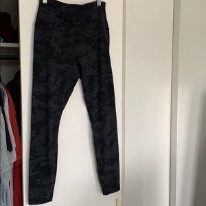 Lululemon Black Camo Align pant full length